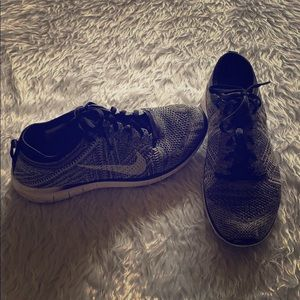 Nike Free TR Flyknit Black/Gray